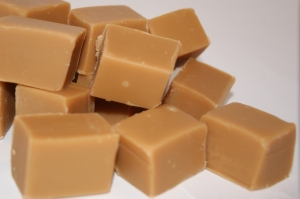 Clotted-Cream-Fudge__44735